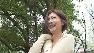 夏川美久がナンパされてホテルで生挿入され中出しされる動画